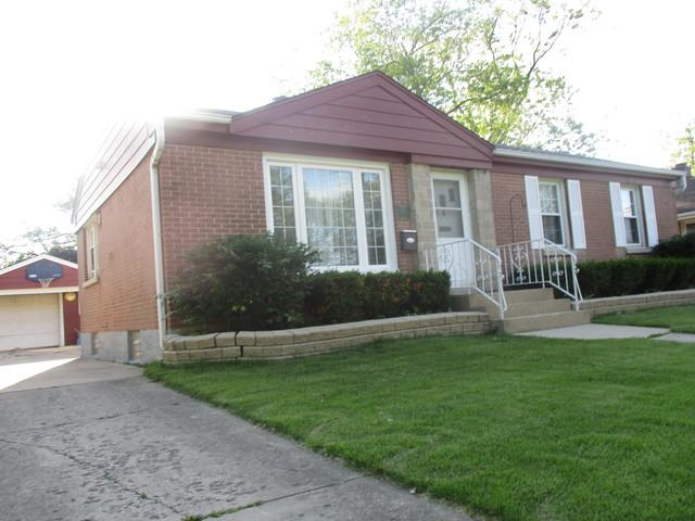1528 Atwood Avenue, Berkeley, IL 60163 (MLS #10412385) :: Angela Walker Homes Real Estate Group