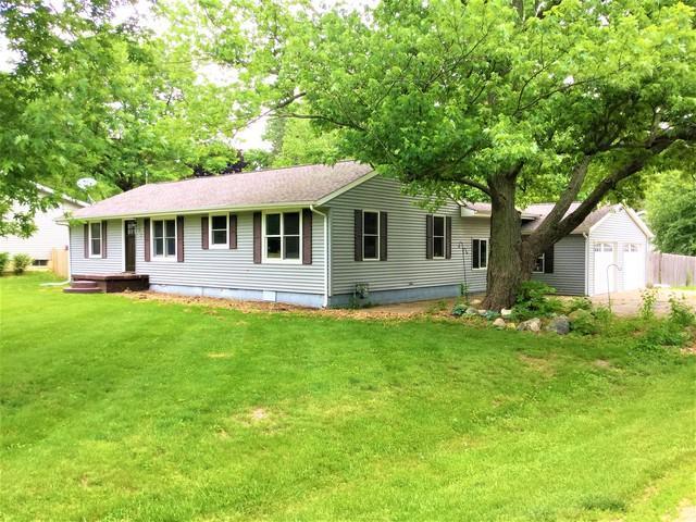 412 S Broadway Street, Hudson, IL 61748 (MLS #10412416) :: Berkshire Hathaway HomeServices Snyder Real Estate