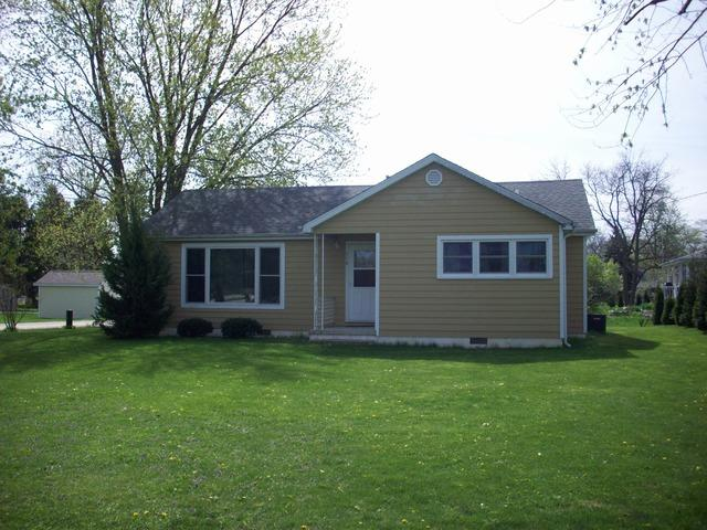 110 W Greenwood Street, Grant Park, IL 60940 (MLS #10412633) :: Berkshire Hathaway HomeServices Snyder Real Estate
