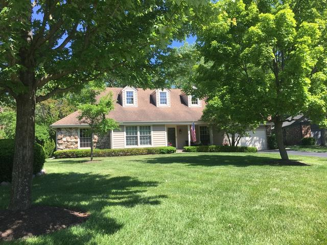 15 Whitby Circle, Lincolnshire, IL 60069 (MLS #10412760) :: Helen Oliveri Real Estate