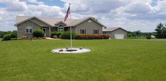 7611 N Crestview Road, Stillman Valley, IL 61084 (MLS #10412799) :: The Dena Furlow Team - Keller Williams Realty