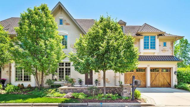 41 Willow Crest Drive #41, Oak Brook, IL 60523 (MLS #10413540) :: Angela Walker Homes Real Estate Group