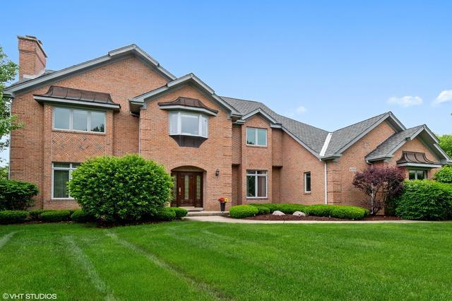 6705 Fieldstone Drive, Burr Ridge, IL 60527 (MLS #10414132) :: Ryan Dallas Real Estate