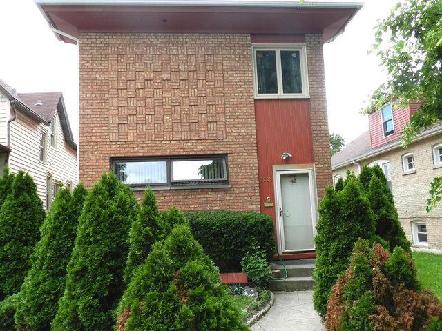 3235 W 65th Place, Chicago, IL 60629 (MLS #10414199) :: The Perotti Group | Compass Real Estate
