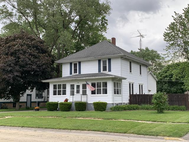 242 S Oak Street, Herscher, IL 60941 (MLS #10414388) :: Baz Realty Network | Keller Williams Elite