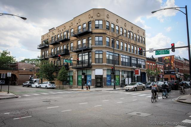 1400 N Milwaukee Avenue #307, Chicago, IL 60622 (MLS #10414643) :: Property Consultants Realty