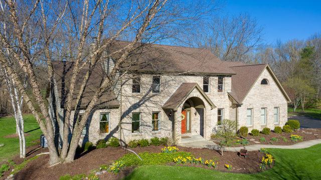 279 Farm Court, Yorkville, IL 60560 (MLS #10414929) :: The Dena Furlow Team - Keller Williams Realty