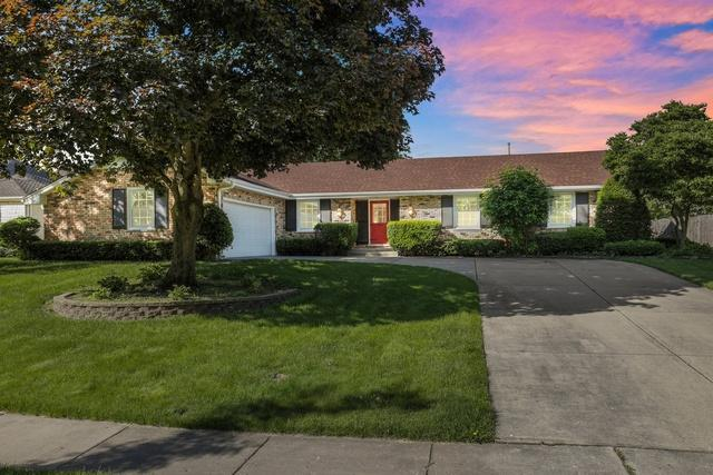 1564 Wadsworth Road, Wheaton, IL 60189 (MLS #10415195) :: The Wexler Group at Keller Williams Preferred Realty