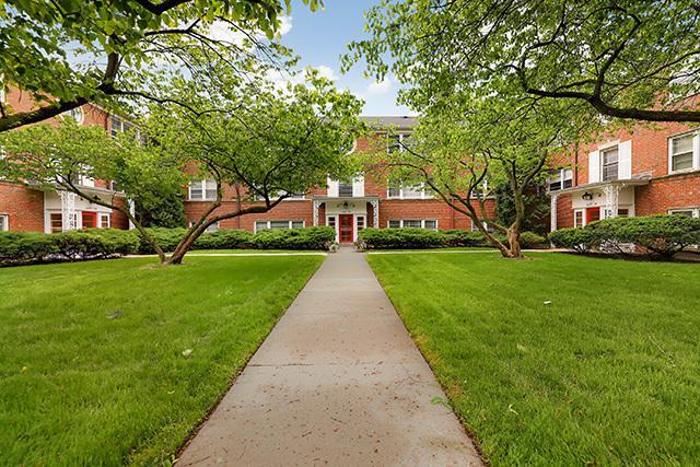 2545 Bennett Avenue #2, Evanston, IL 60201 (MLS #10415691) :: BNRealty