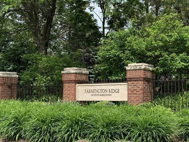 13 Farmington Road, South Barrington, IL 60010 (MLS #10416152) :: The Jacobs Group