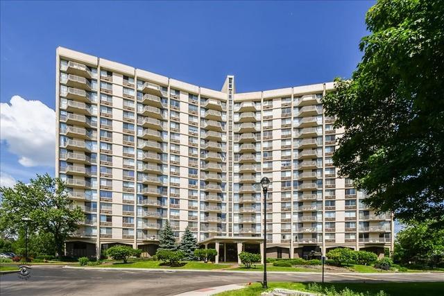 40 N Tower Road 15H, Oak Brook, IL 60523 (MLS #10416172) :: Angela Walker Homes Real Estate Group
