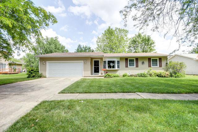 1102 S Center Street, Mahomet, IL 61853 (MLS #10416228) :: Ryan Dallas Real Estate