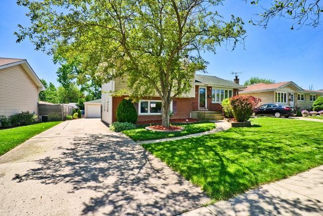 433 W Circle Drive, Addison, IL 60101 (MLS #10416446) :: Baz Realty Network | Keller Williams Elite