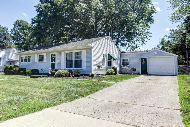 809 E Locust Street, Bloomington, IL 61701 (MLS #10416516) :: The Perotti Group | Compass Real Estate