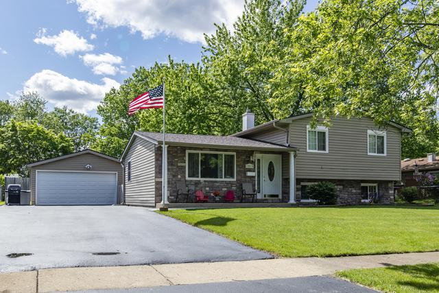 18618 W Highfield Drive, Gurnee, IL 60031 (MLS #10416703) :: The Perotti Group | Compass Real Estate