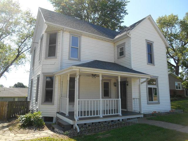 206 N Buchanan Street, HEYWORTH, IL 61745 (MLS #10416748) :: BNRealty