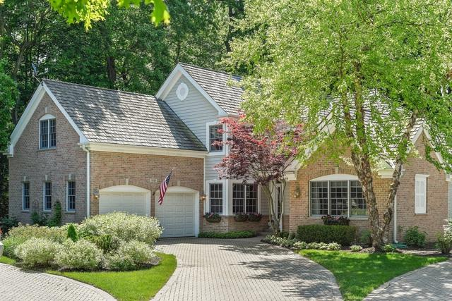 1707 Marquette Court, Lake Forest, IL 60045 (MLS #10416930) :: Helen Oliveri Real Estate
