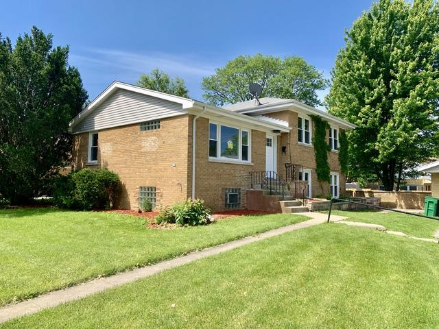 1500 Evers Avenue, Westchester, IL 60154 (MLS #10416969) :: Angela Walker Homes Real Estate Group
