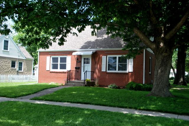 1215 8th Avenue, Rochelle, IL 61068 (MLS #10417202) :: Property Consultants Realty