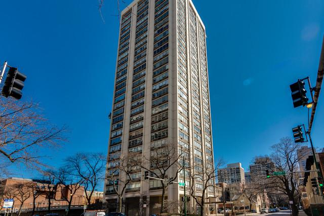 70 W Burton Place #401, Chicago, IL 60610 (MLS #10417222) :: Baz Realty Network | Keller Williams Elite