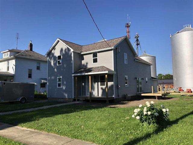 303 N Wesley Avenue, Mount Morris, IL 61054 (MLS #10417331) :: Property Consultants Realty