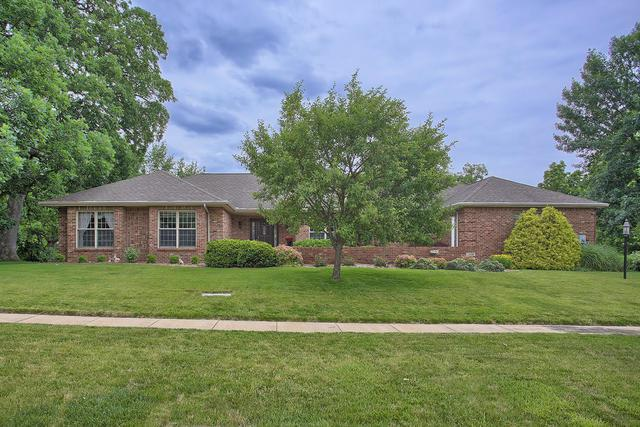 2408 Walden Woods Court, Mahomet, IL 61853 (MLS #10417438) :: The Dena Furlow Team - Keller Williams Realty