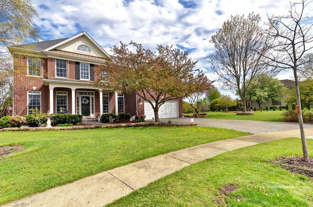 812 Diamond Head Drive E, Shorewood, IL 60404 (MLS #10417460) :: The Wexler Group at Keller Williams Preferred Realty