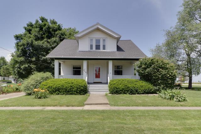 204 N Madison Street, Towanda, IL 61776 (MLS #10417509) :: Jacqui Miller Homes