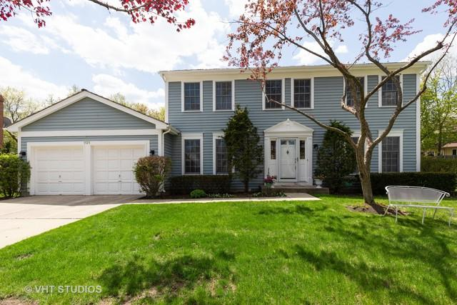 1525 Old Barn Circle, Libertyville, IL 60048 (MLS #10417571) :: Helen Oliveri Real Estate
