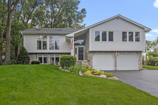 5N918 Kingswood Drive, St. Charles, IL 60175 (MLS #10417815) :: John Lyons Real Estate