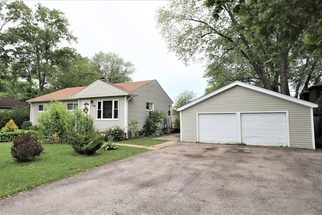 1129 N Yale Avenue, Villa Park, IL 60181 (MLS #10417824) :: Angela Walker Homes Real Estate Group