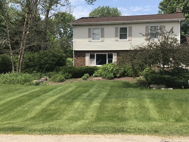 42W466 Foxfield Drive, St. Charles, IL 60175 (MLS #10417932) :: John Lyons Real Estate