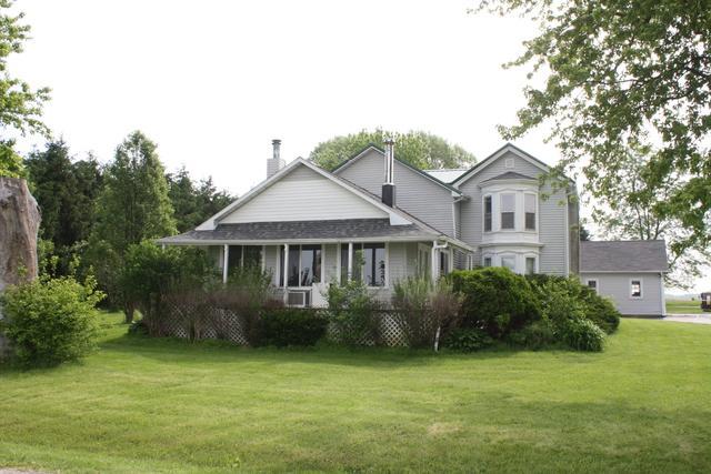2144 Swarts Road, Dixon, IL 61021 (MLS #10418082) :: Property Consultants Realty