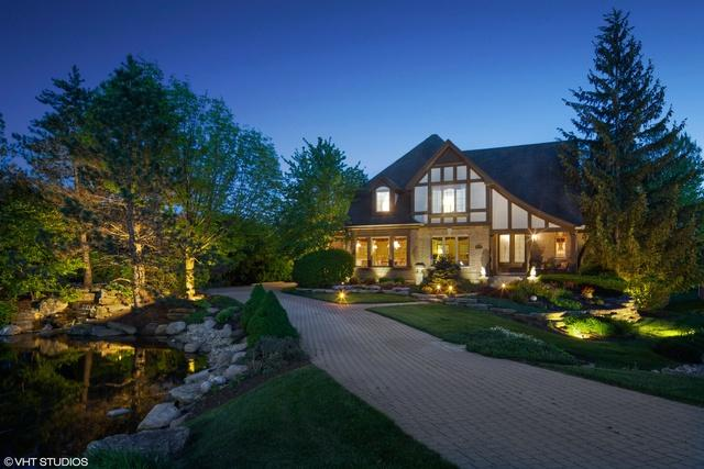 3814 Tradition Boulevard, St. Charles, IL 60175 (MLS #10418294) :: John Lyons Real Estate