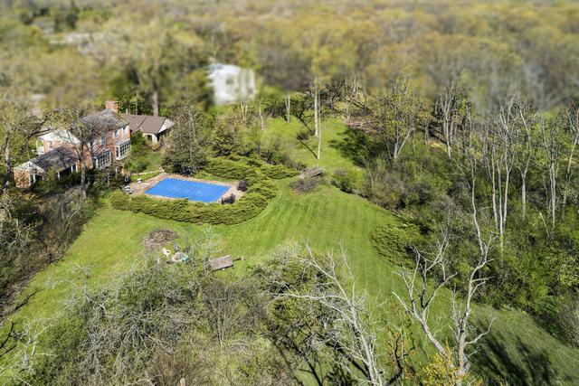 510 Voltz Road, Northbrook, IL 60062 (MLS #10418295) :: Helen Oliveri Real Estate