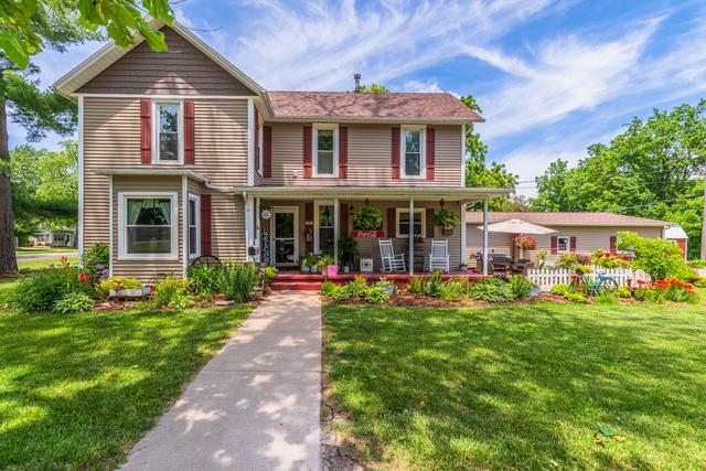 503 E Fuller Street, Chenoa, IL 61726 (MLS #10418387) :: The Perotti Group | Compass Real Estate