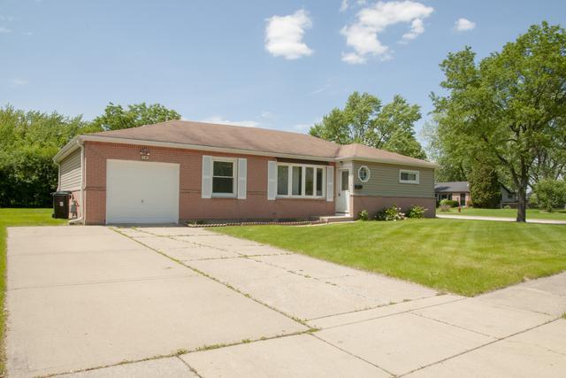 240 Bradley Lane, Hoffman Estates, IL 60169 (MLS #10418496) :: Angela Walker Homes Real Estate Group