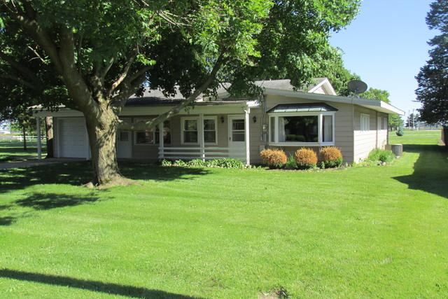 620 E Thompson Street, Princeton, IL 61356 (MLS #10418507) :: John Lyons Real Estate