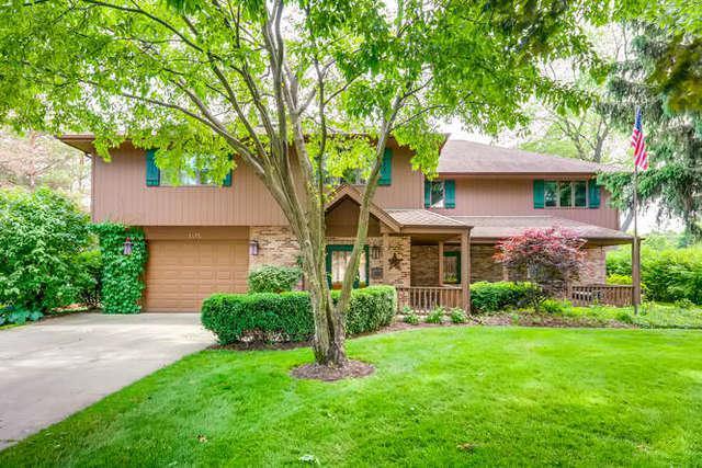 1415 W Hawthorne Street, Arlington Heights, IL 60005 (MLS #10418590) :: John Lyons Real Estate