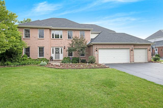 1304 Williamsburg Lane, Crystal Lake, IL 60014 (MLS #10418722) :: The Dena Furlow Team - Keller Williams Realty