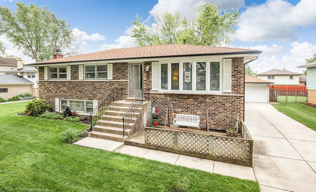 10608 S Vicky Lane, Palos Hills, IL 60465 (MLS #10418930) :: Century 21 Affiliated