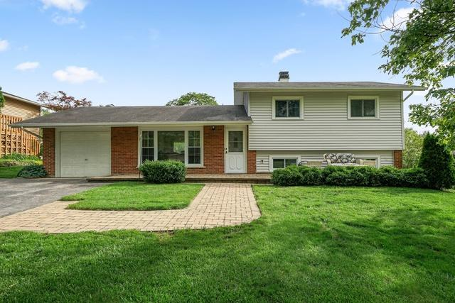 21W125 Everest Road, Lombard, IL 60148 (MLS #10418963) :: Domain Realty