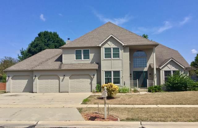 302 Jay Street, Savoy, IL 61874 (MLS #10419115) :: Ryan Dallas Real Estate