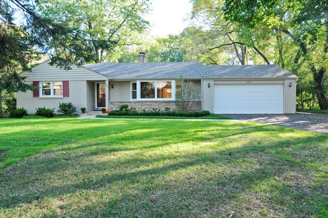 285 Meadowbrook Drive, Northfield, IL 60093 (MLS #10419297) :: Property Consultants Realty