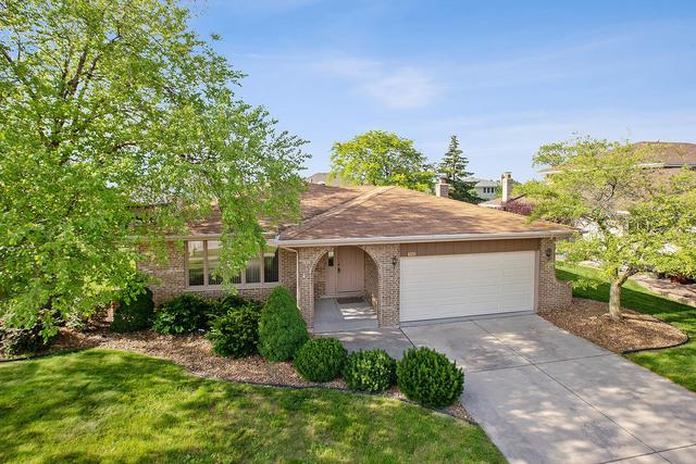 8320 Heather Lane, Tinley Park, IL 60477 (MLS #10419402) :: The Wexler Group at Keller Williams Preferred Realty