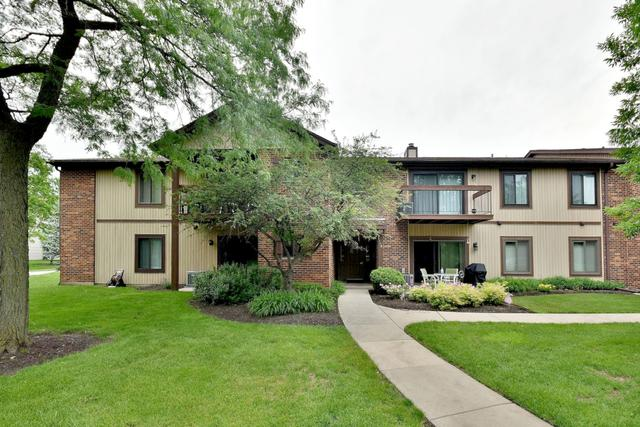 1118 Prescott Drive 1A, Roselle, IL 60172 (MLS #10419634) :: The Perotti Group | Compass Real Estate