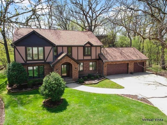 801 Red Stable Way, Oak Brook, IL 60523 (MLS #10419761) :: Angela Walker Homes Real Estate Group