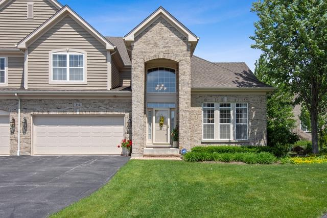 713 Fieldstone Court, Inverness, IL 60010 (MLS #10419886) :: Janet Jurich Realty Group