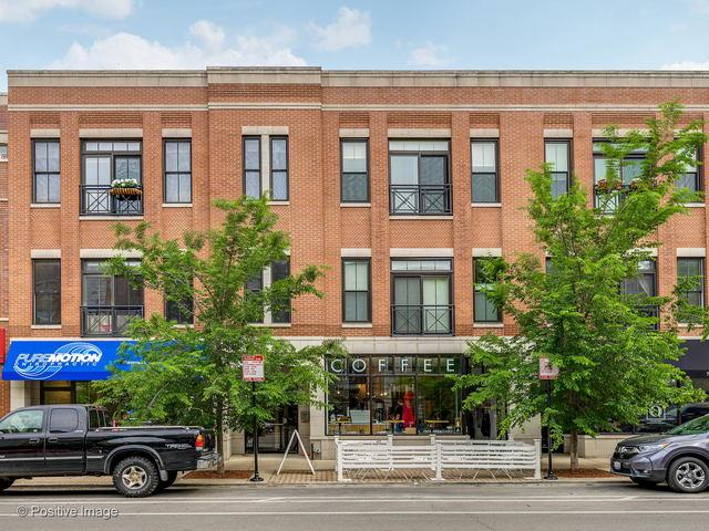 2144 W Roscoe Street 2A, Chicago, IL 60618 (MLS #10419917) :: Touchstone Group