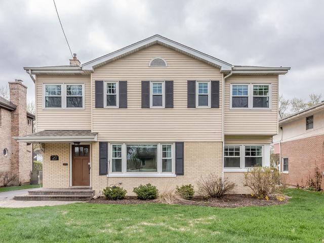 470 W 3rd Street, Elmhurst, IL 60126 (MLS #10419947) :: Angela Walker Homes Real Estate Group